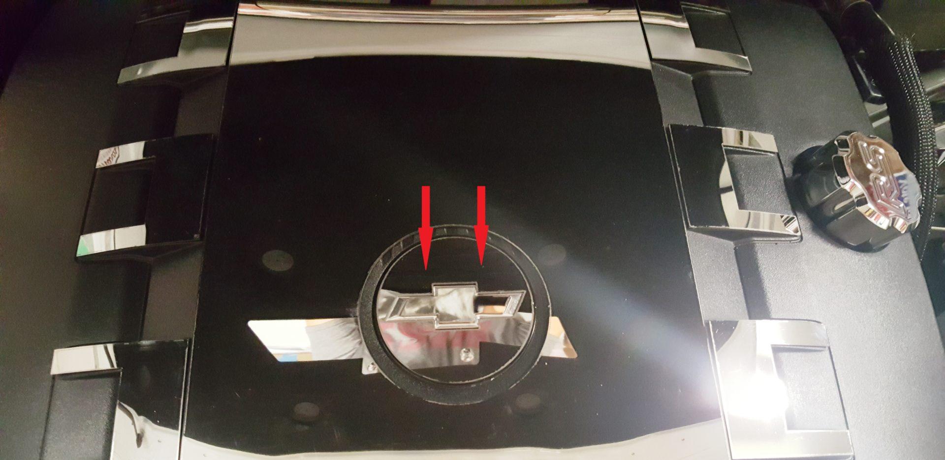2010 – 2015 5Th Gen Camaro V6 Engine Center Circle Bowtie Trim